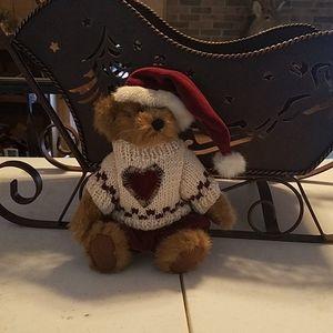 """Boyd bear  7 1/2 """" sitting"""